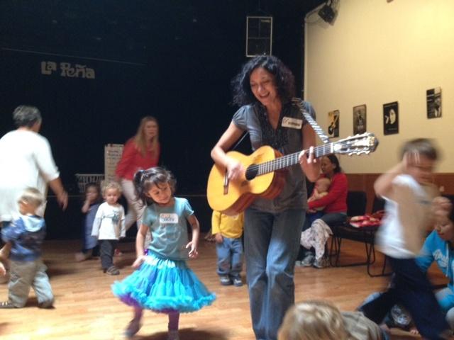 rocking-kids-sing-along-la-pena